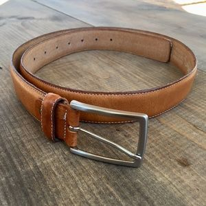 Accessories - light brown leather belt made in Italy size L